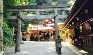 速川神社光る神殿5月13日